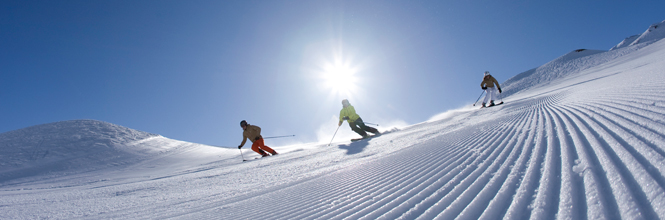 Skiing holiday incl. a 6-day Super-Ski-Pass (including glacier)